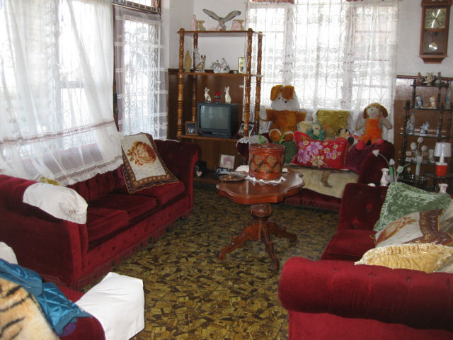 Dominica real estate houses for sale in goodwill dominica for Living room upstairs